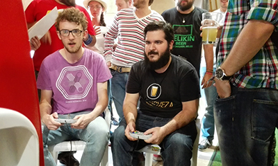 Intenso campeonato de Street Figther